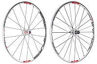 RR 1450 Tricon (Road Race)VR 650g, 18 Speichen, tubelessHR 800g, 24 Speichen, tubeless