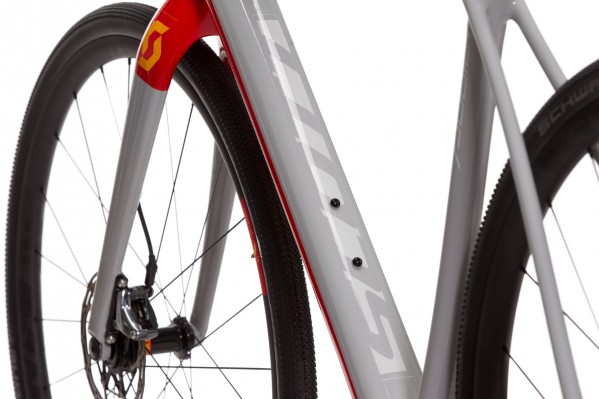 Das vordere Rahmendreieck ist mit der patentierten IMP-Technologie für Gewichtsoptimierung gefertigt.