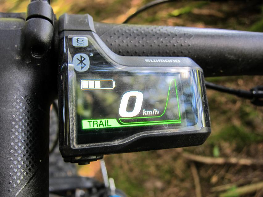 Optisch ebenso ein Leckerbissen ist das schlanke Display mit edlem Finish.
