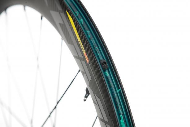 Die Laufräder kommen mit vorinstalliertem Felgenband.