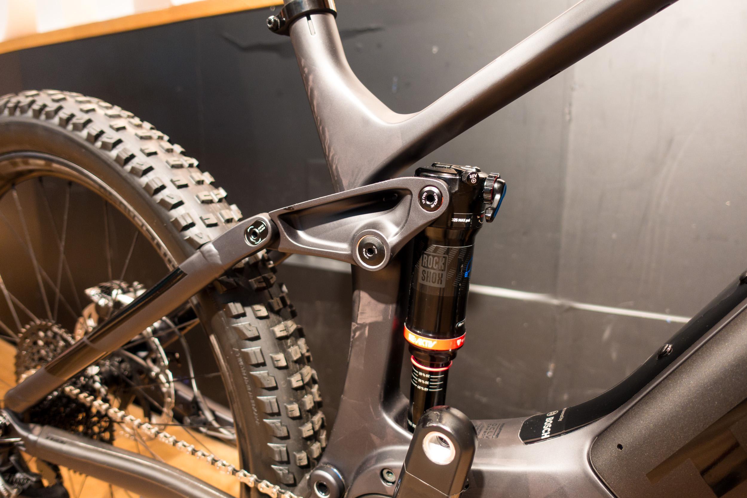 """#2 Das E-MTB soll sich wie ein """"richtiges"""" Mountainbike fahren."""