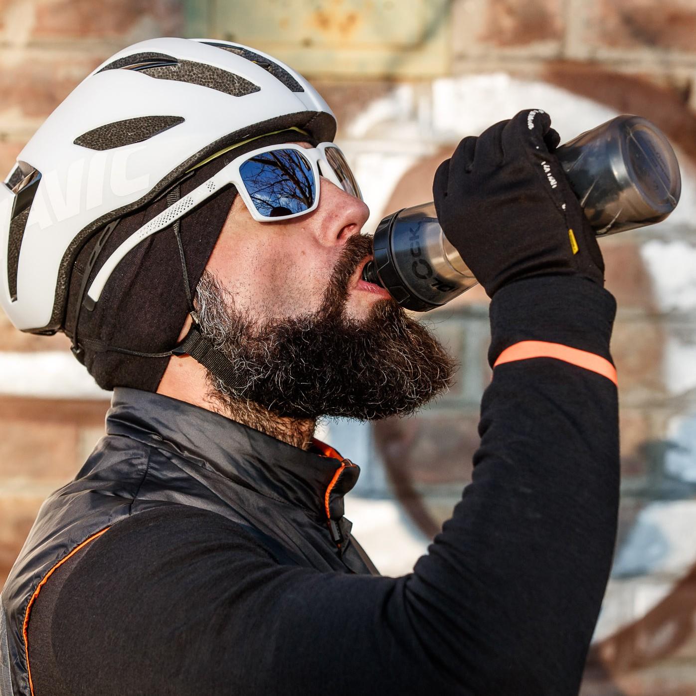#3 Die Trinkflasche ist BPA-frei und das extra große Mundstück ermöglicht einen großen Wasserdurchfluss. Allerdings geht das Zusammendrücken etwas strenger als gewohnt.