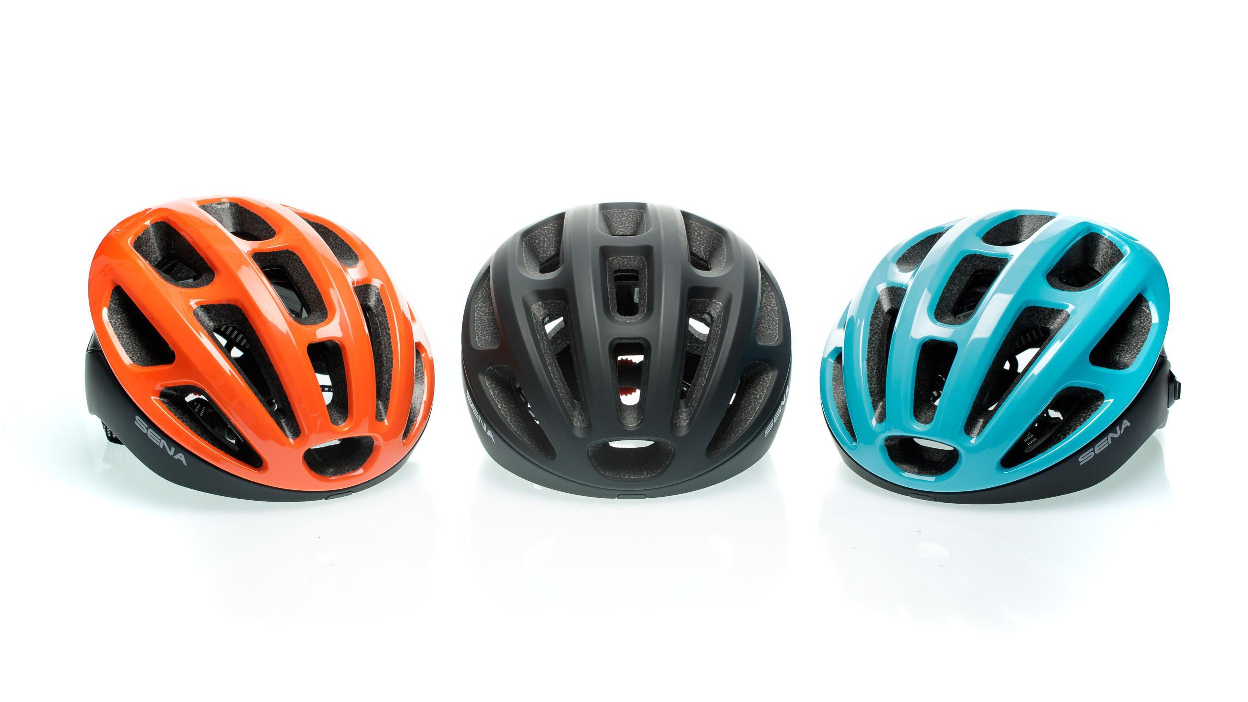 3 x 3 - drei Farben in jeweils drei Größen stehen beim Sena R1 zur Wahl.