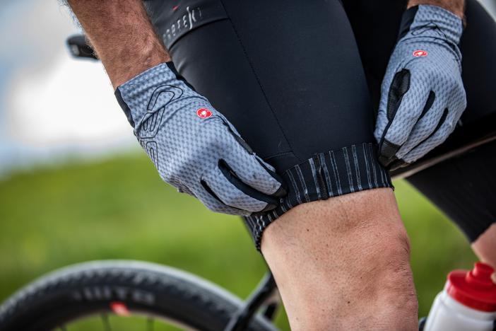 Eine sehr sportlich geschnittene, leichte Baggy Short in schwarz und mit drei Taschen (ohne Abbildung) soll das Unlimited Hosenprogramm abrunden.