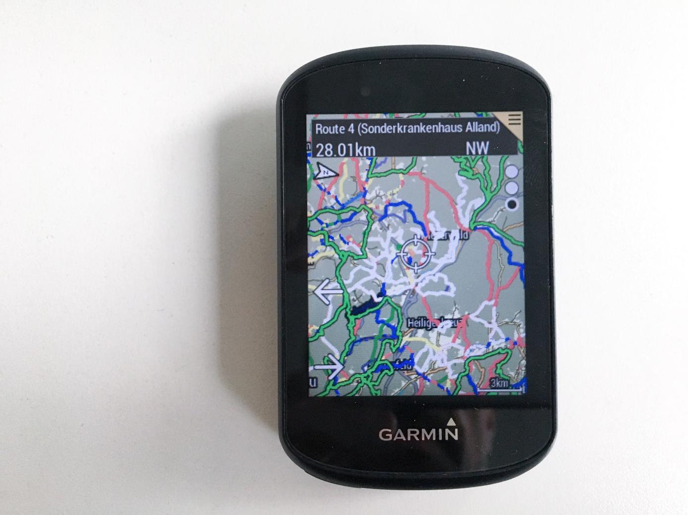 Transparentes Overlay von Wanderwegen, Zoom 3 km