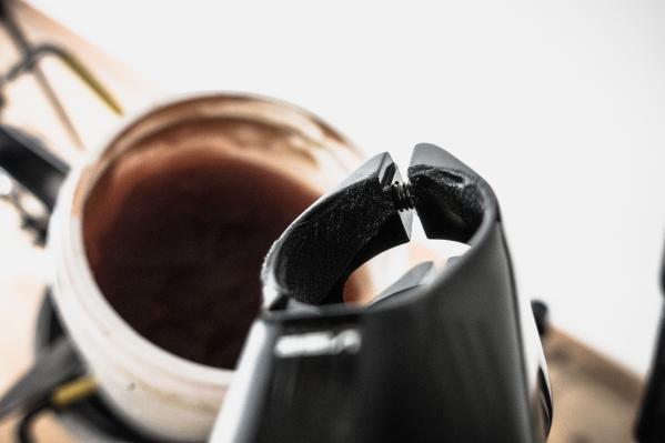 Bei der Montage von Carbon-Klemmteilen immer die richtige Montagepaste verwenden (hier: Dynamic Carbon Assembly Paste)