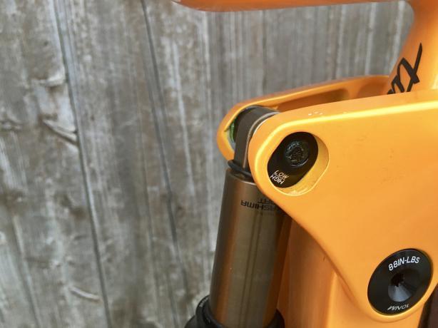 """Auch wenn ausschließlich in 29"""" ausgeliefert wird: der Flip-Chip an der oberen Dämpferaufnahme erlaubt die Anpassung an 27.5+ Laufräder."""