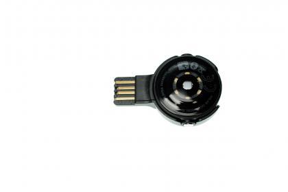Via USB lässt sich der OH1 synchronisieren oder zurücksetzen