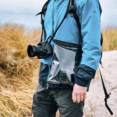 Eine praktische Kordel macht den Beutel zur Tasche.