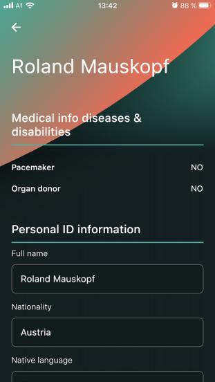Die Daten werden nun automatisch am Handydisplay angezeigt und stehen binnen Sekunden zur Verfügung.