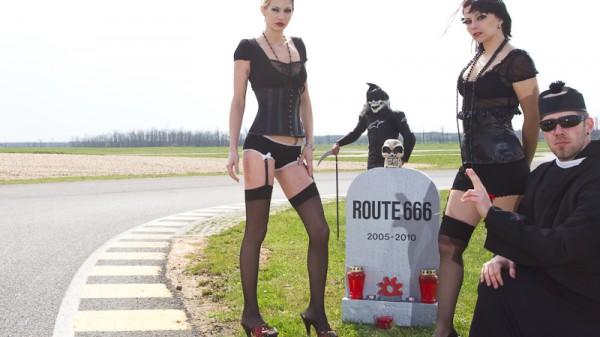 Route 666: Der Tod und das Rennen