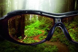 Kontrastreiches Sehen ist beim Biken wesentlich, um die Trailbeschaffenheit präzise wahrzunehmen.
