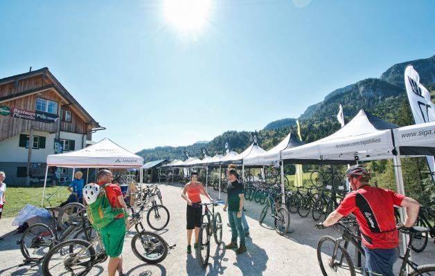Ausgestellt wurden die Bikes von Nakita, Siga, Flyer, Lightweight und Rocky Mountain, sowie Zubehör von Vaude, Tune, Panchowheels,...