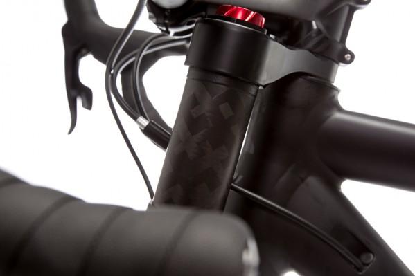 Der Stack ist nur um rund einen Zentimeter höher als beim CAAD12 Rennrad in der gleichen Größe.