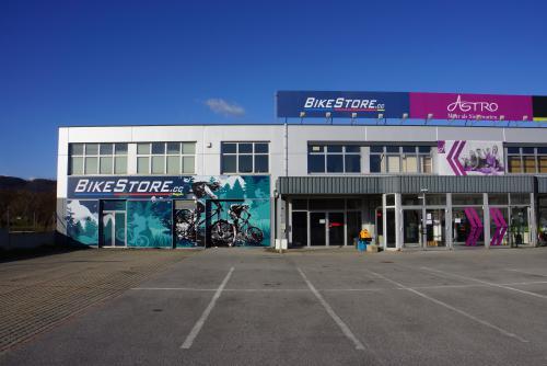 BikeStore.cc Wien-Nord Scott Reference Center